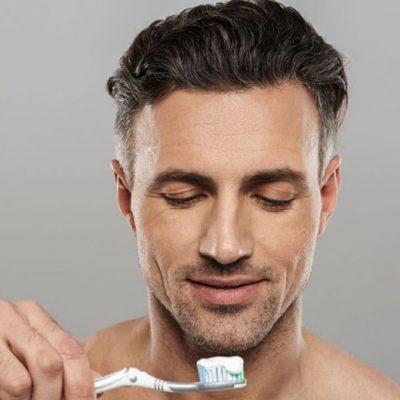 7-greșeli-pe-care-le-faci-atunci-când-te-speli-pe-dinți